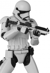 Star-Wars-Force-Awakens-Stormtrooper-MAFEX-007.jpg