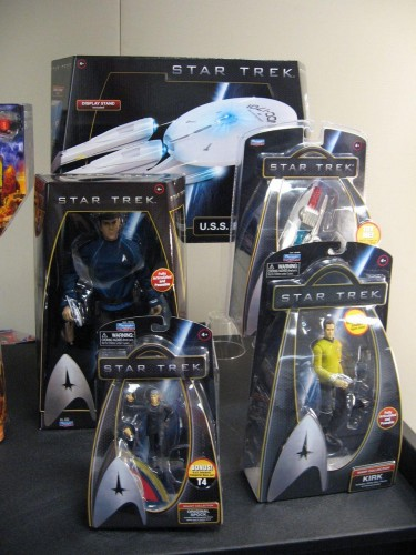 hr_Star_Trek_Toy_Fair_12.jpg